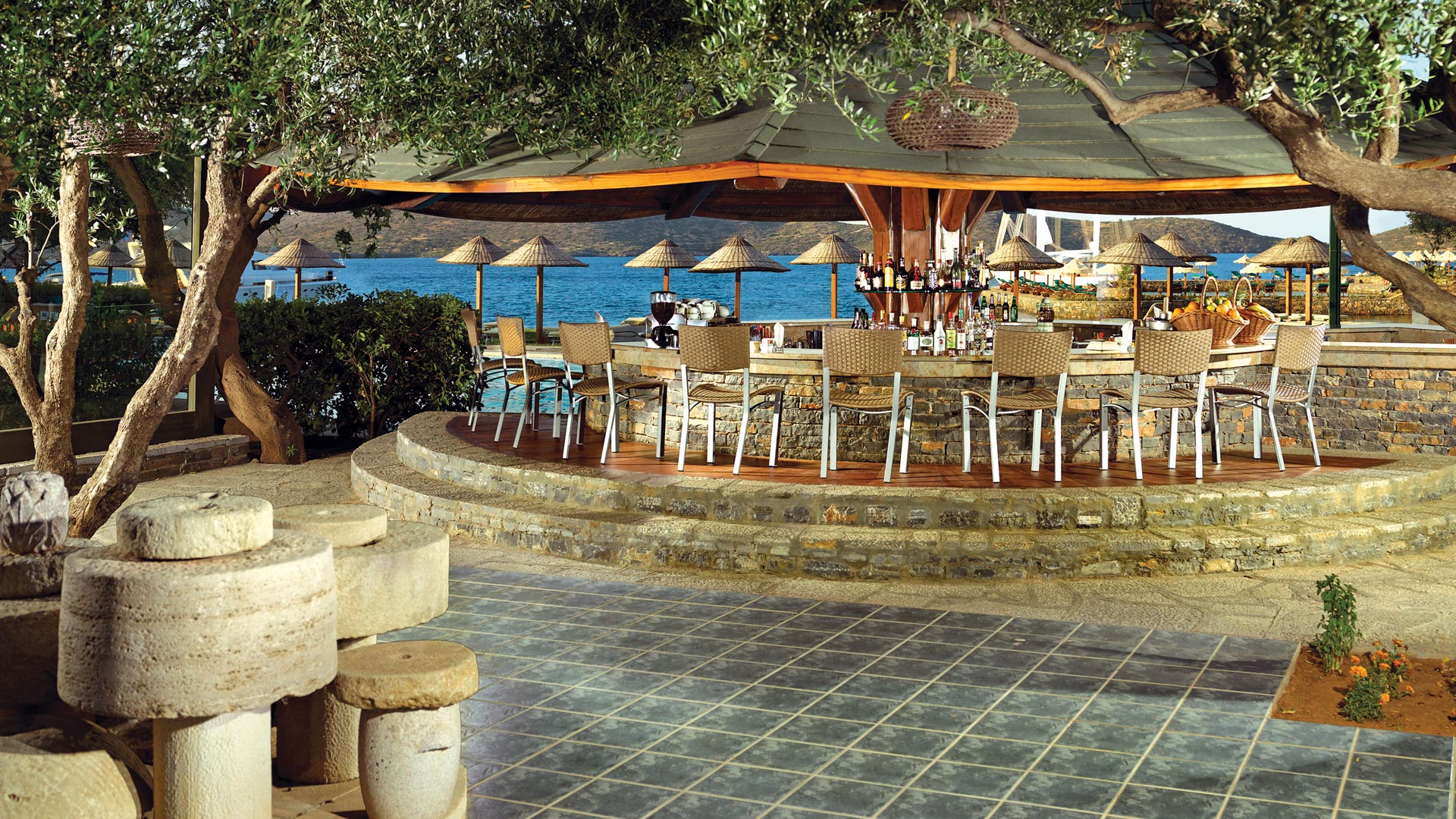 Next To The Beach And The Seaside Pool Of The Porto Elounda